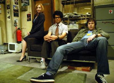 /category/series_tv/theitcrowd01.jpg