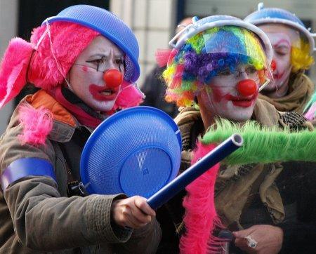 clown_antiglobalization